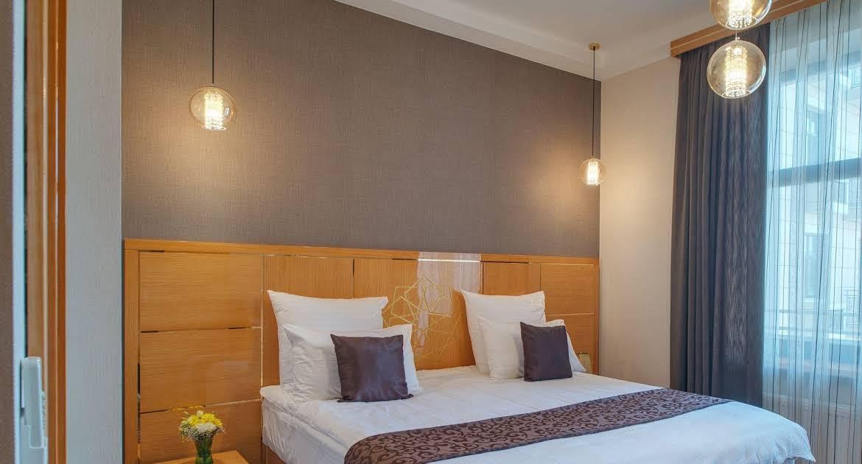 SYSTEM HOTEL276157