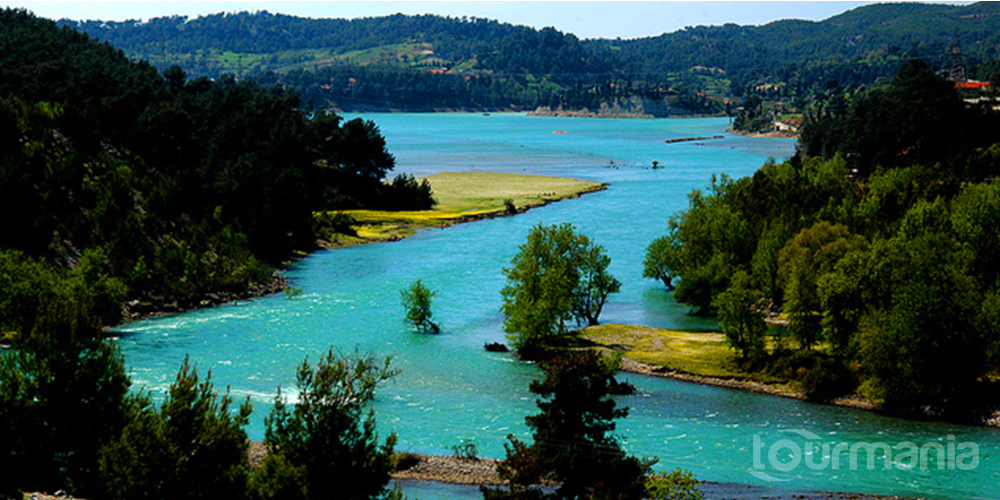 Manavgat River Boat Trip with Grand Bazaar from Side