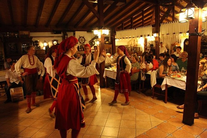 Macedonian Night Dinner, Folklor and Music