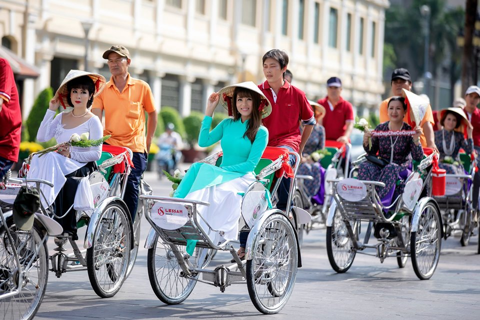Cyclo Ride Tour and Market Visit in Ho Chi Minh City - Lonely Planet Experience