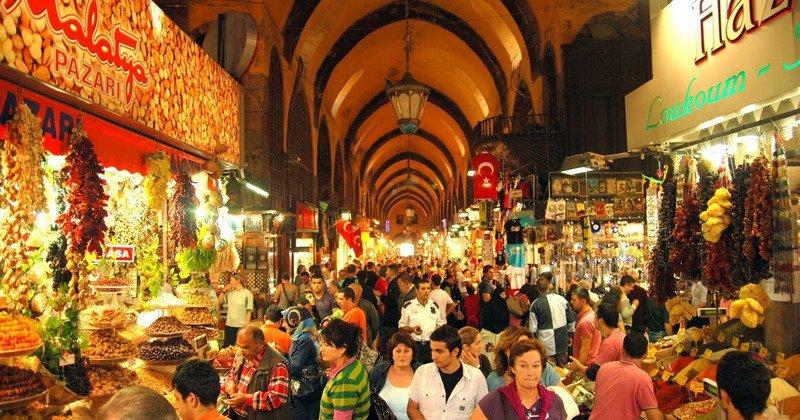 İstanbul'un Hanları ve Çarşıları
