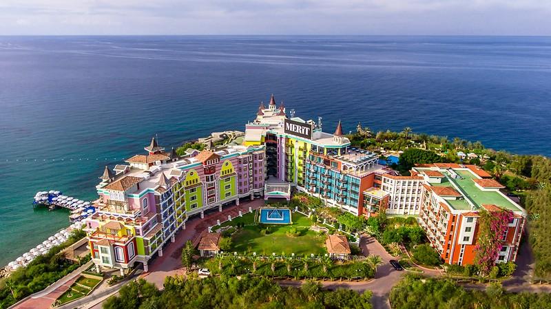 Merit Crystal Cove Hotel & Casino
