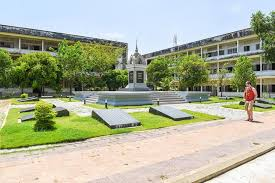 Phnom Penh Tuol Sleng Genocide Museum and Choeung Ek Half Day Tour