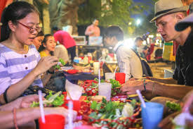 Phnom Penh Evening Food and Beer Tour by Tuk Tuke  Copy