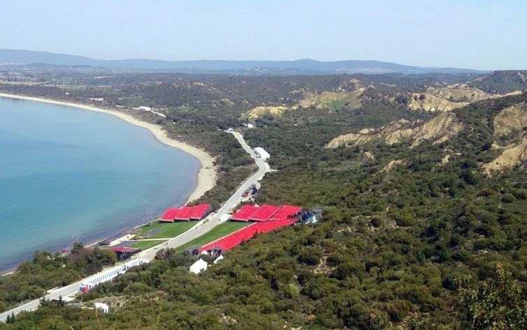 Canakkale: Full-Day Troy and Gallipoli Tour