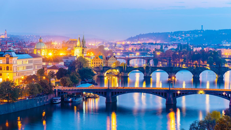 BUDAPESTE- VİYANA - PRAG TURU
