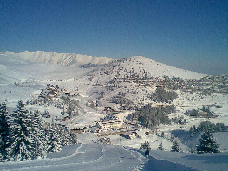 Popova Shapka Kayak Turu Pegasus Havayolları İle 4 Gece