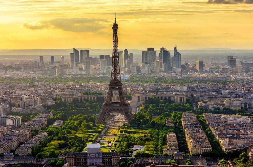 Paris Turu Yılbaşı Özel Pegasus Havayolları ile